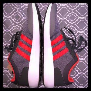 Adidas 🆕 NWOT cloudfoam race sneakers💥
